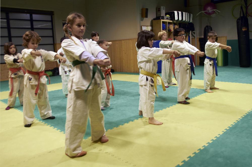 Escuela de karate para todas las edades dojo sabadell academias extraescolares clases - Curso cocina sabadell ...