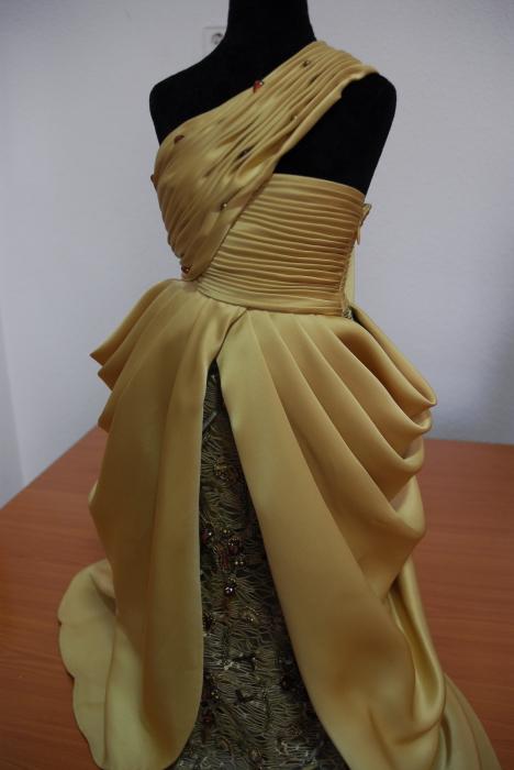 Escuela de moda dise o y costura escuela de dise o y moda - Clases manualidades madrid ...