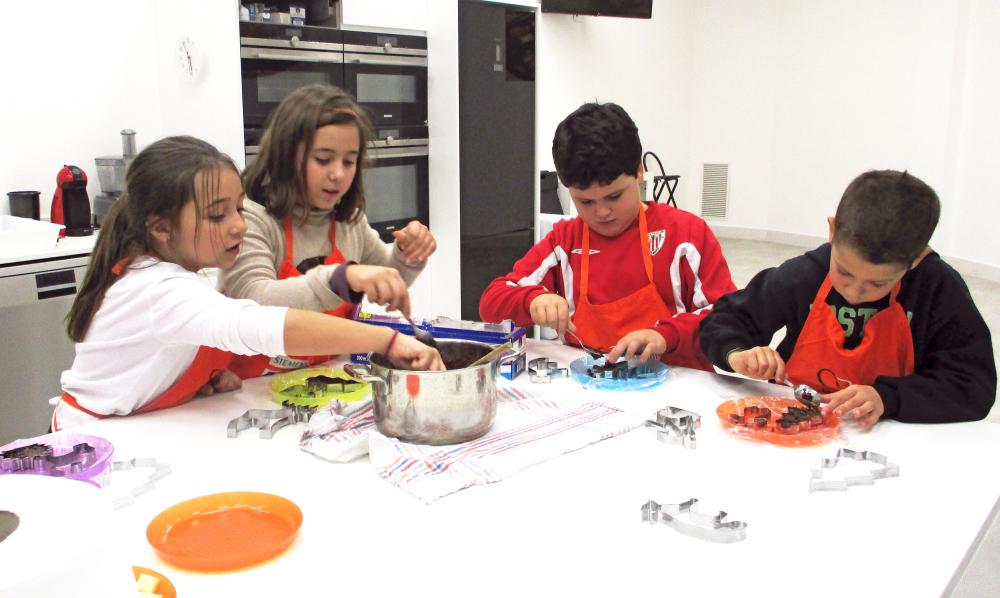 Escuela de cocina kitchen academy getxo academias for Escuela de cocina